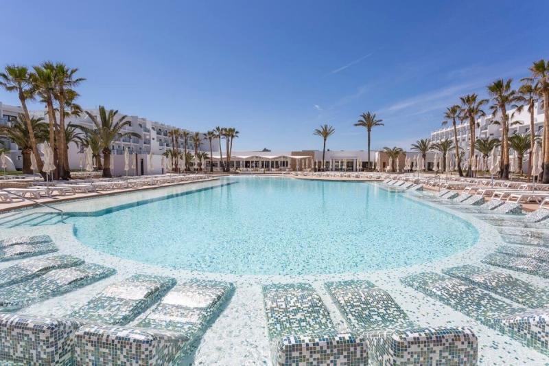 palladium-tags:segments/hoteles-piscina
